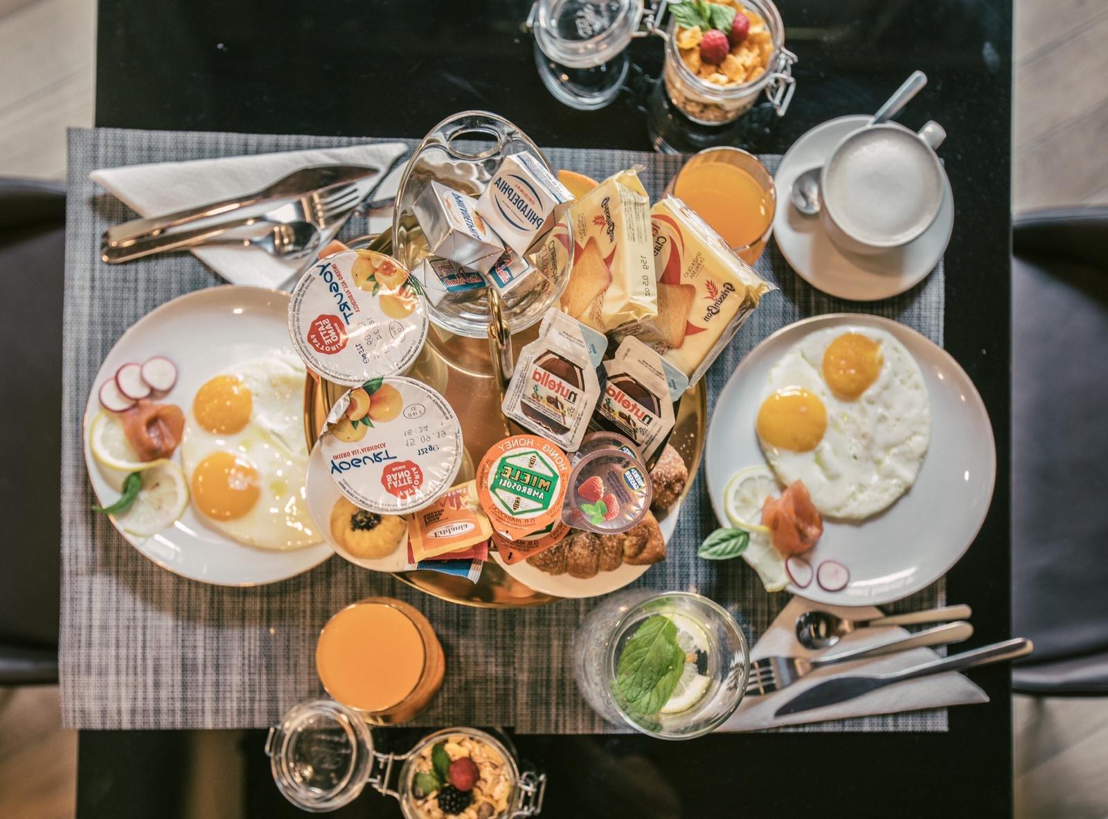 NEMAN Maison Experience - ארוחת בוקר כשרה ברומא