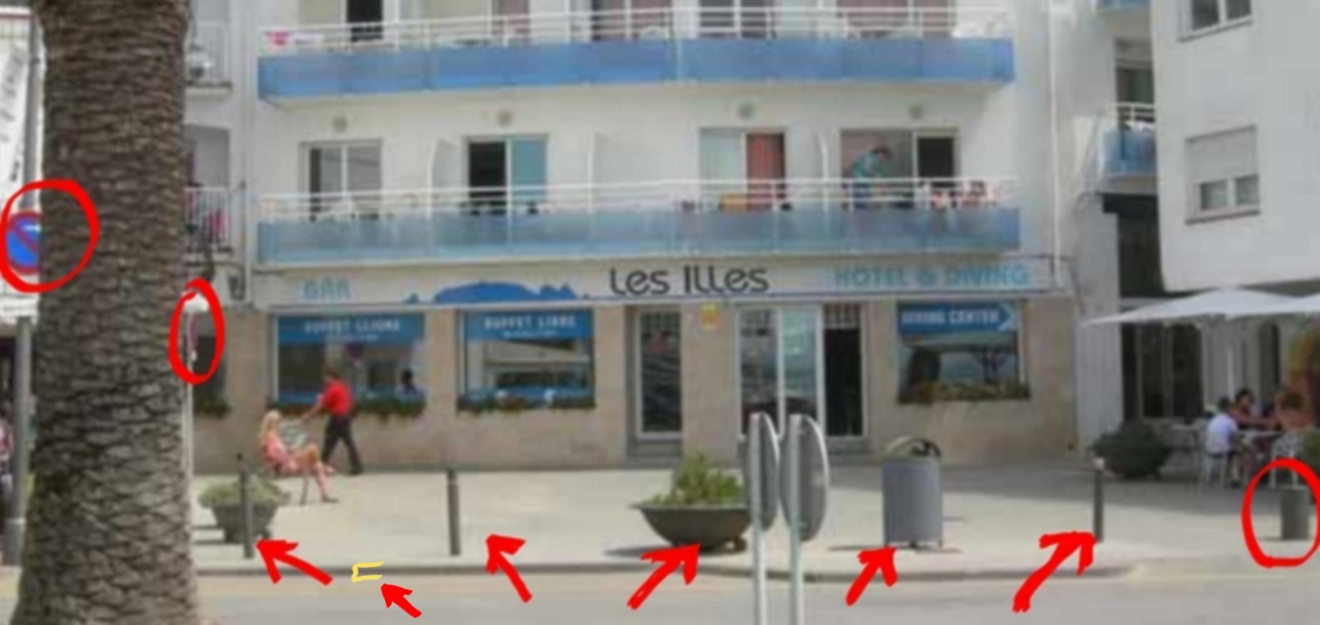 fortificamenta de pilones anti-cotxes i camions, Hotel les Illes, Estartit.