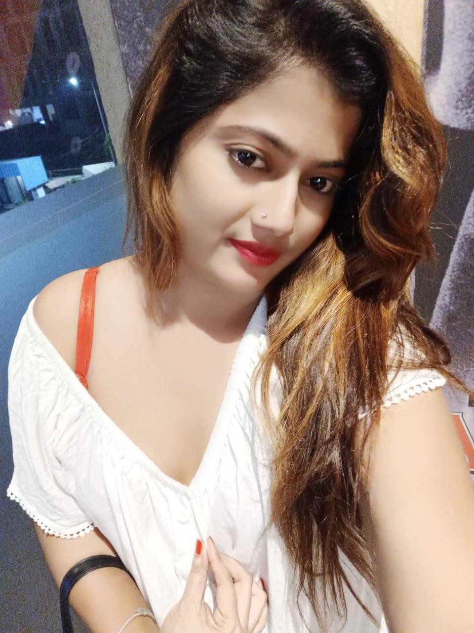 juhu call girl